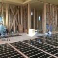 床暖房(エコクリーンホット)の工事がありました。